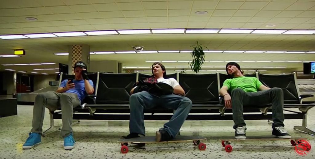 Can-Carry-On-Longboard-Plane