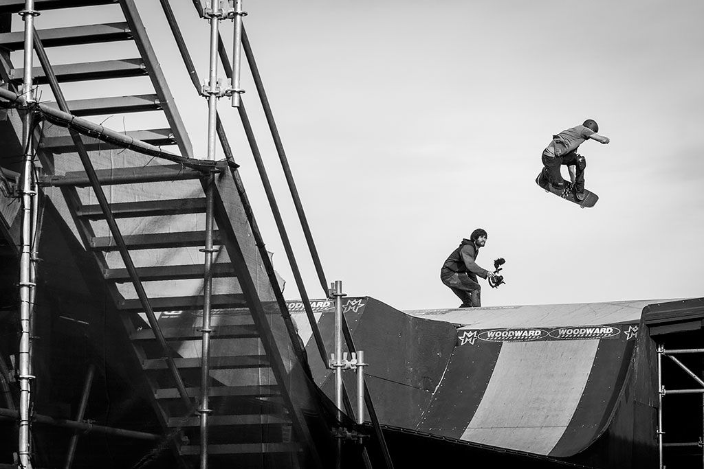 Longboard-Skateboard-Rides-Snowboard_Woodward_0037